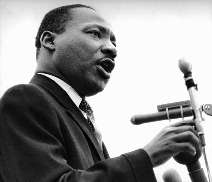 Rev. Dr. Martin Luther King Jr. a United Nations Plaza, 15Aprile 1967, Christian Science Monitor © Christian Science Monitor